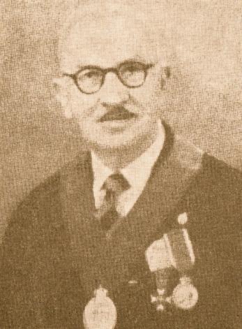 Ο δασολόγος Ιωάννης Κοκκίνης ήταν διευθυντής των βασιλικών κτημάτων το χρονικό διάστημα 1908-1918.