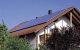 Γαλλία: Υποχρεωτική παρουσία φυτών ή ηλιακών συλλεκτών σε όλες τις νέεςστέγες
