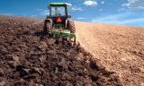 Η καλλιεργήσιμη γη εξαφανίζεται (και το πληρώνουμε πολύακριβά)